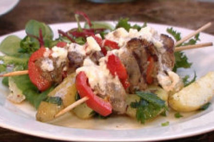 BBQ lamb and red pepper kebabs