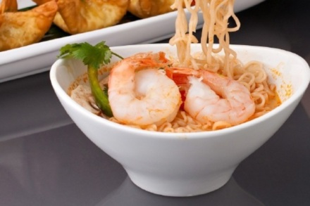 Chinese New Year Recipes: Black Tiger Prawns with Noodles