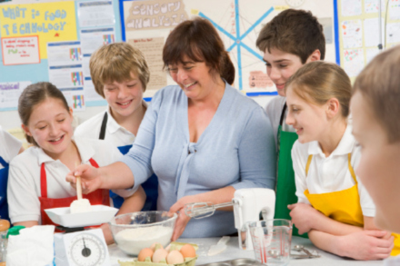British Cooking Company Supports Return of Food and Nutrition Education in England's Schools