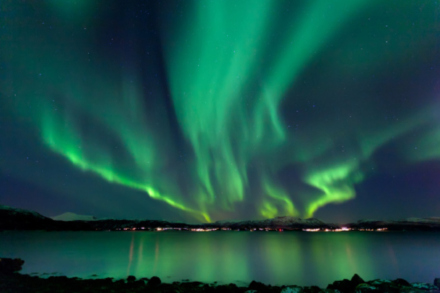 Aurora Borealis: the world's natural light phenomenon