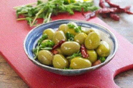 Spanish olives marinated in oregano and chilies