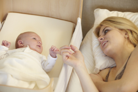 mums are being urged to consider bedside sleeping