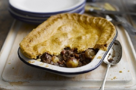 Shallot Chunky Steak and Mushroom Pie