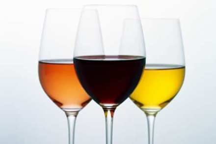 Adults are unaware that there are 134 calories in a glass of wine