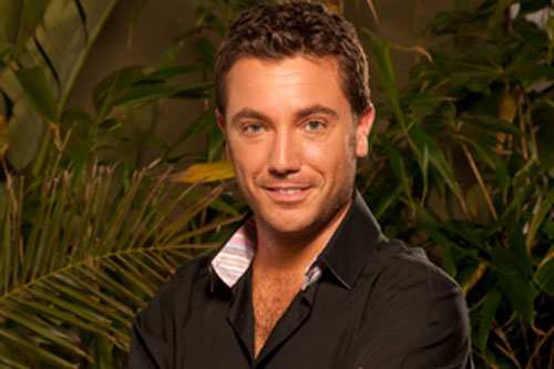 gino d 39 acampo crowned king. Black Bedroom Furniture Sets. Home Design Ideas