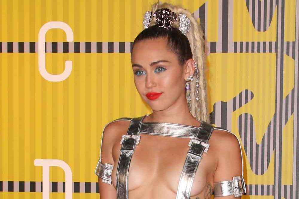 videor av Miley Cyrus har sex