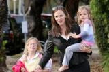 Jennifer Garner with daughters Violet and Seraphina