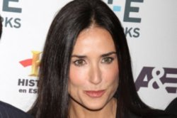 Demi Moore Not Rushing To Change Facebook Name
