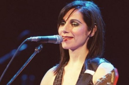 PJ Harvey wins Mercury Award...