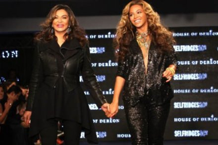 Beyonce Knowles and mother Tina