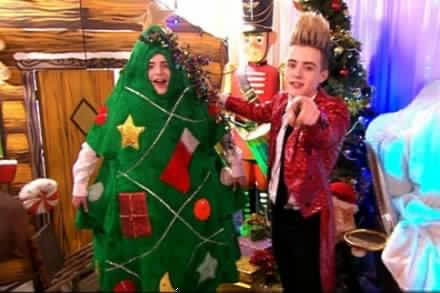 Jedward on Christmas With The Jedwards Top 50