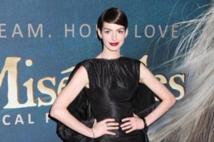 Anne Hathaway at the 'Les Miserables' premiere