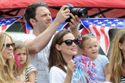Jennifer Garner with her family