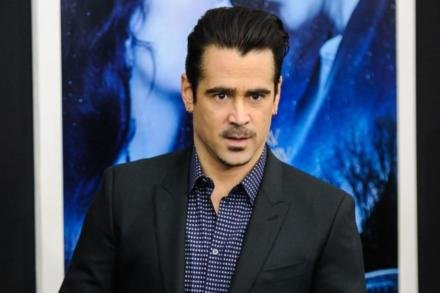 Colin Farrell feels nostalgic when he catches a whiff of the late Dame Elizabeth Taylor's perfume.