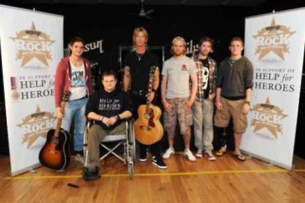 Duff McKagan with the Help is for Heroes veterans
