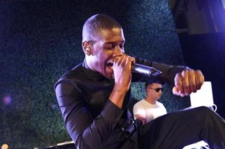 Labrinth performing at FNO