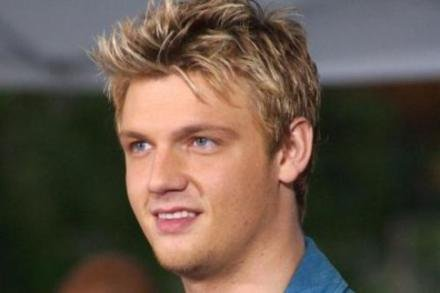 Nick Carter, Leslie's brother
