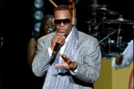 R. Kelly cried at 'The Notebook'