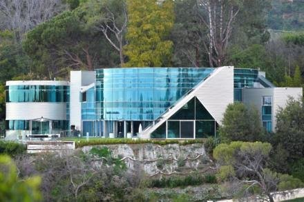 The glass mansion