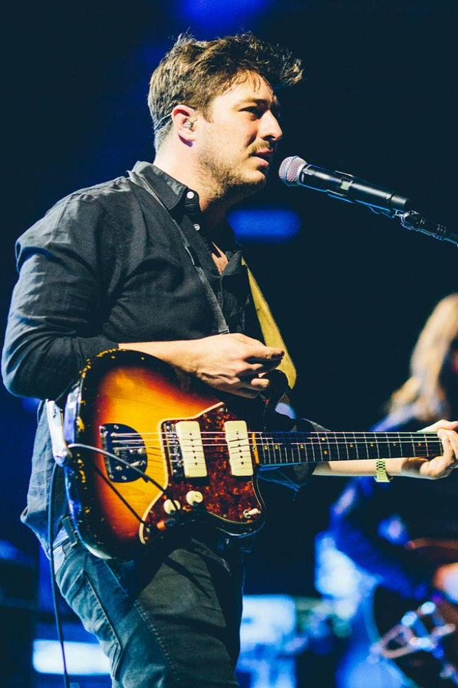 Mumford and Sons at the Apple Music Festival