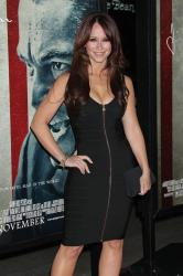 Jennifer Love Hewitt had nightmare about small breasts