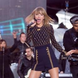 Taylor Swift performing in Times Square, New York City