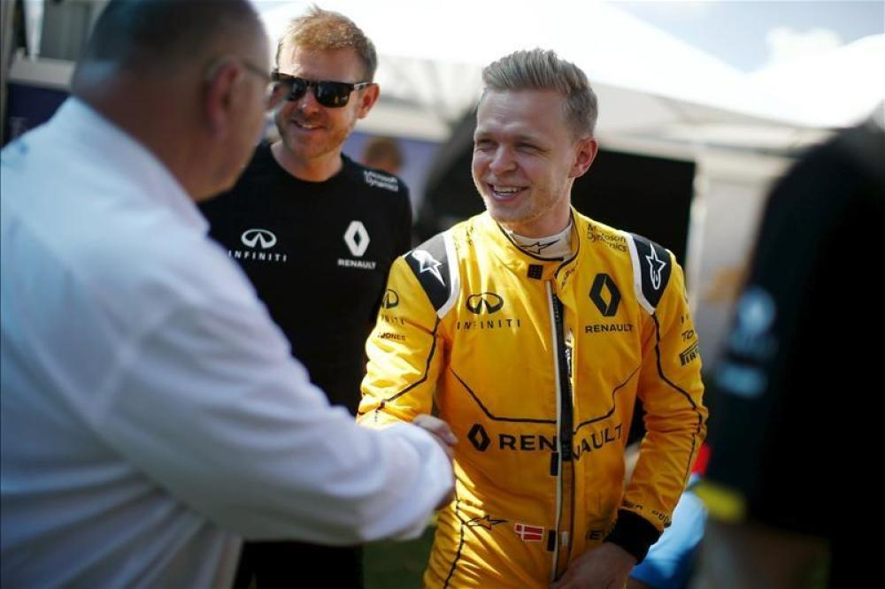 Magnussen keen on F1 stay
