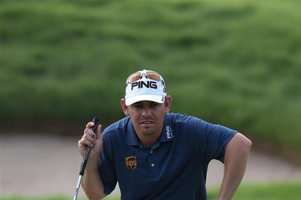 Oosthuizen makes his move