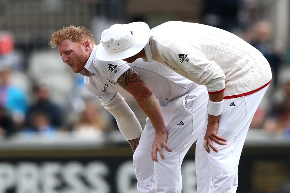 England unchanged but Stokes sidelined