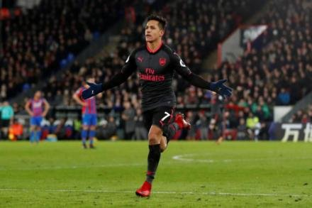 City chiefs set to discuss Sanchez swoop