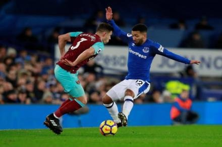 Cresswell adds to Hammers worries