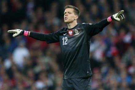 Keeper hints at Italy switch