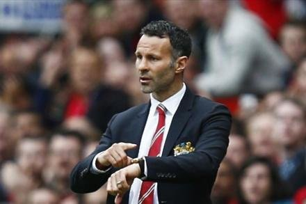 Giggs makes United youth pledge