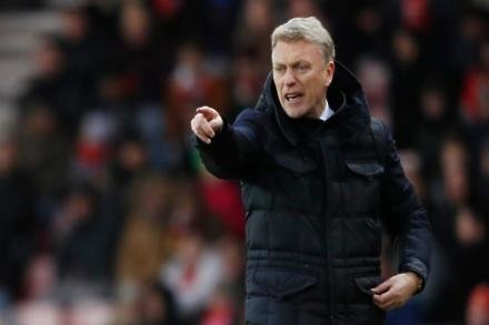 Moyes gets tough with Hammers