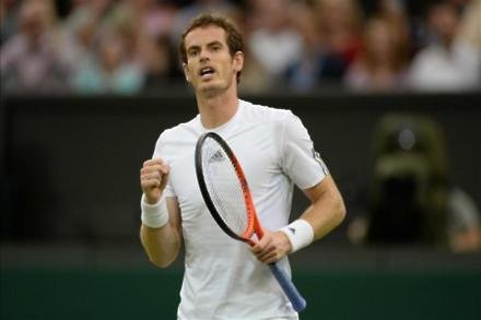 Murray breezes past Brown