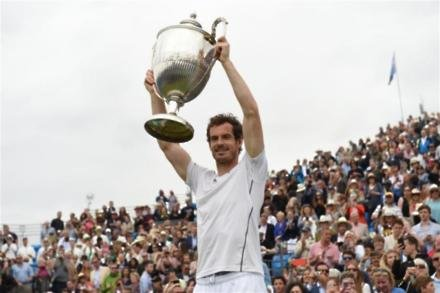 Murray makes Queen's history