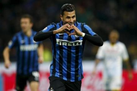 Stoke consider Inter ace