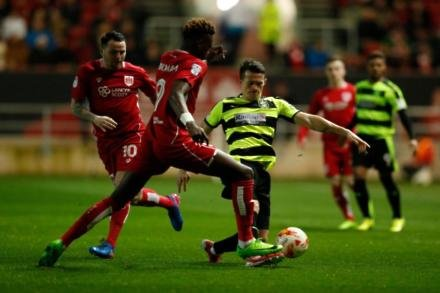 Hogg setback for Terriers