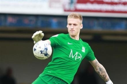 Canaries eye Shrimpers ace