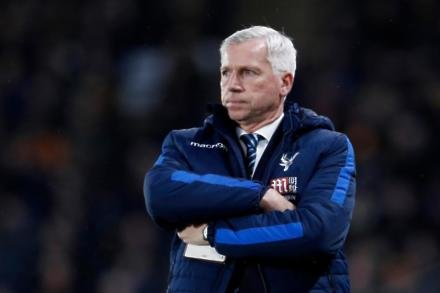 Pardew eyes points return from Chelsea game