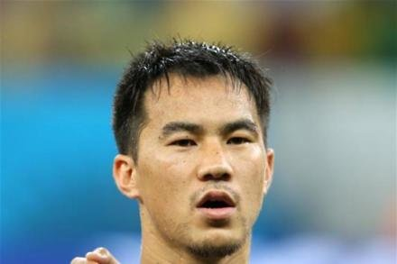 Okazaki set to play despite pain