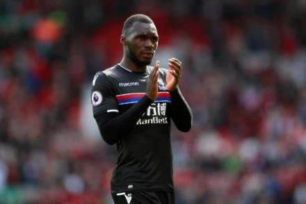 Palace receive Benteke boost