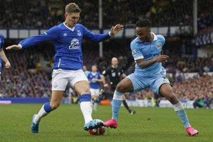 Hodgson offers Stones support