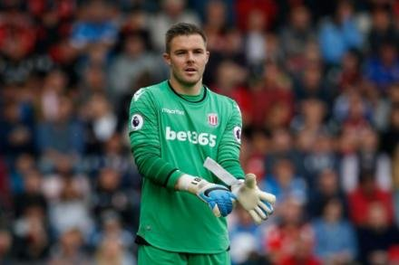 Butland calls for Stoke togetherness