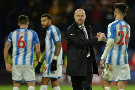 Dyche unhappy with penalty call