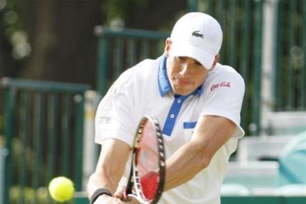 Isner triumphs in Atlanta again