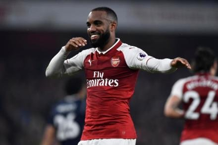 Wenger worried about Lacazette confidence