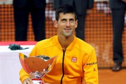 Djokovic marches on but Tsonga falls in Monte Carlo