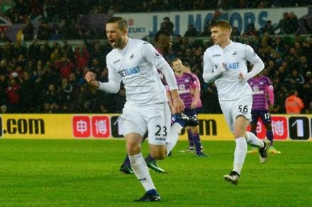 Swans keen to repel Sigurdsson approaches