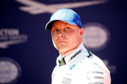 Bottas leads but lap times close in Mexico